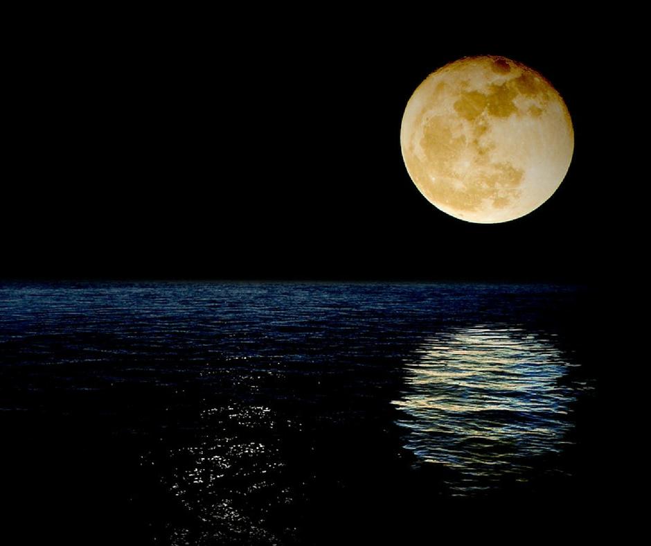 andare sulla luna