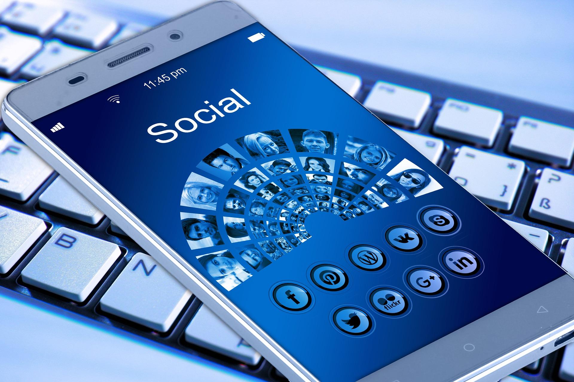 nuovi stalker sui social